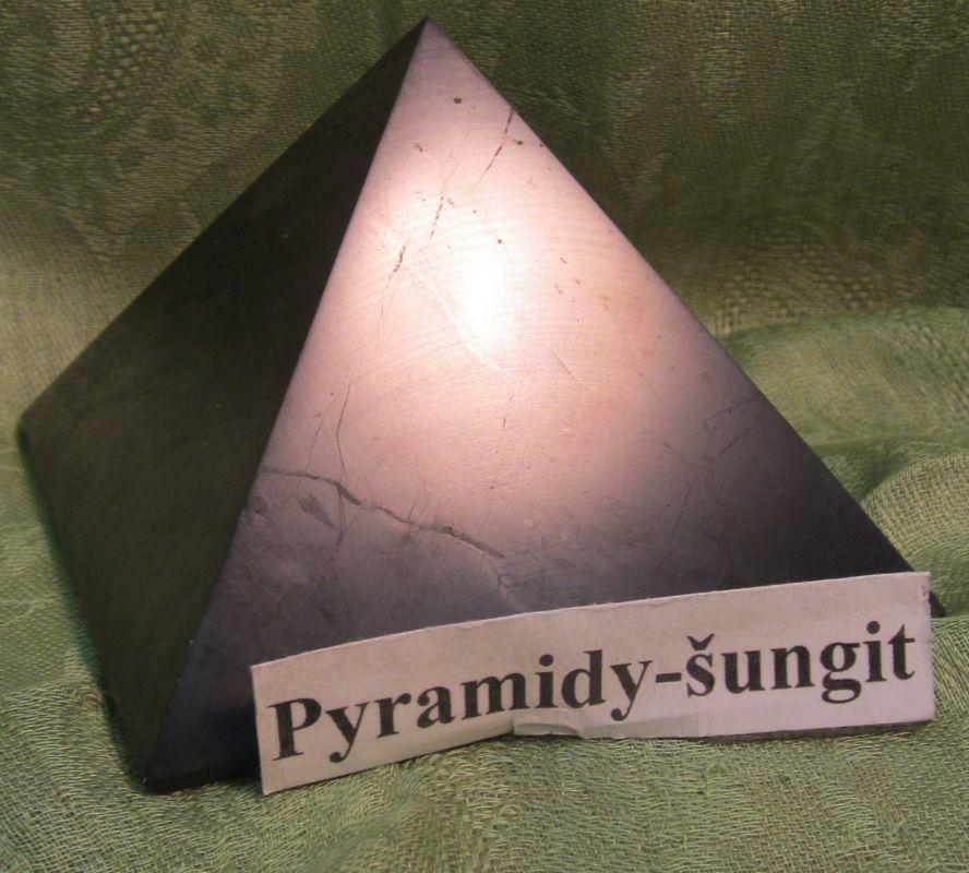 Pyramida šungit